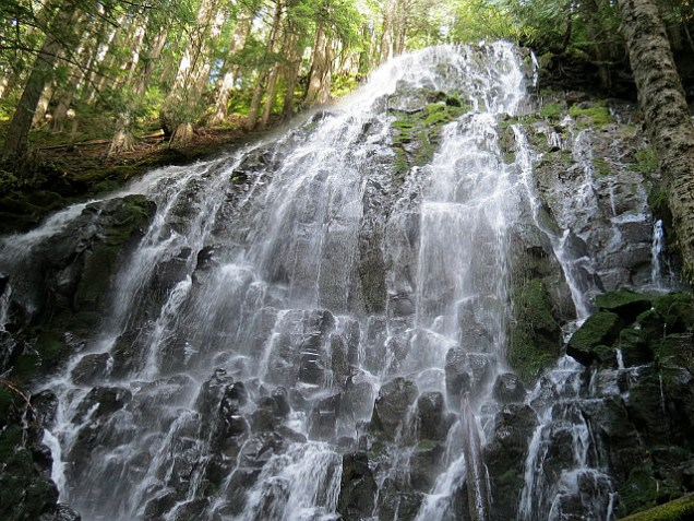 10.1381691509.ramona-falls-up-close