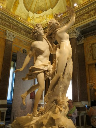 15.1442932408.apollo-and-daphne