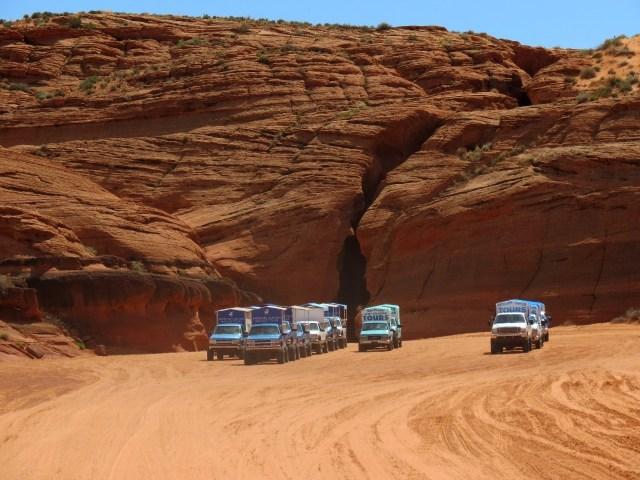 17.1491157177.bye-antelope-canyon