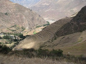4.1341505081.terraces-at-the-pisac-ruins