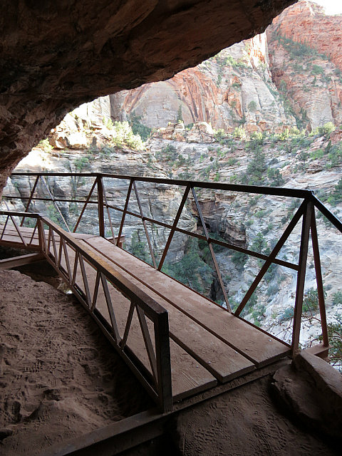 9.1378219025.cliff-hugging-bridge-at-canyon-overlook-trail