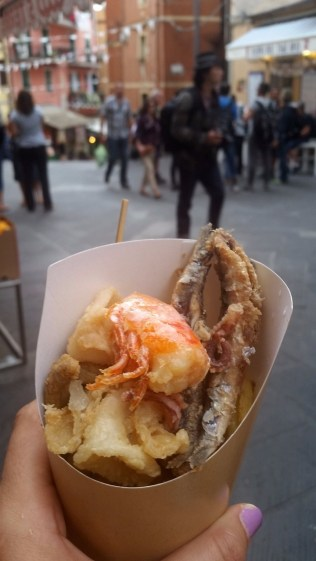 15.1443278041.mixed-fried-seafood-in-monterosso