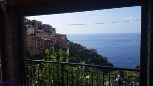 Picture window at lunch in Corniglia