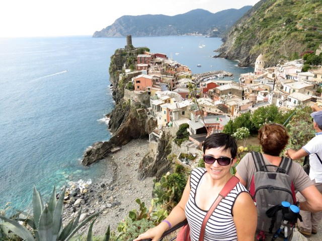 15.1443278041.views-of-vernazza