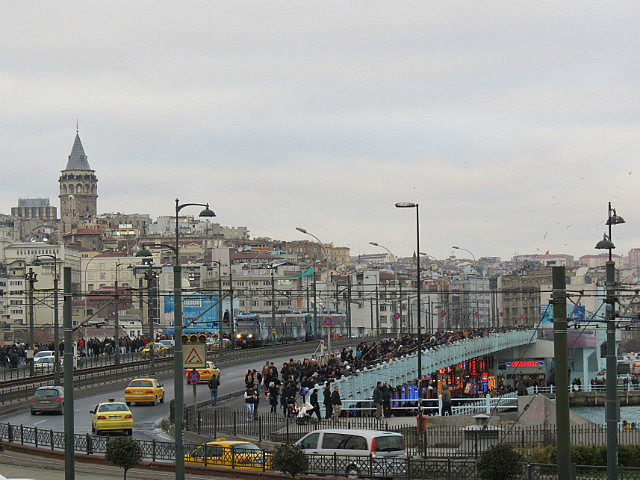7.1356887269.galata-tower-and-its-namesake-bridge