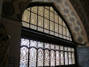 7.1356980203.imperial-hall-at-topkapi-palace