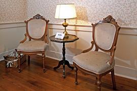 Windflower guestroom at the Baladerry Inn, Gettysburg