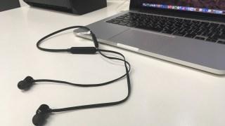 Bluetoothワイヤレスイヤホンで減らして、増やす。