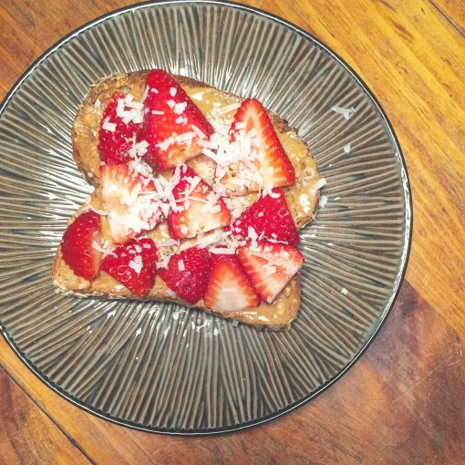 healthy recipes strawberry toast