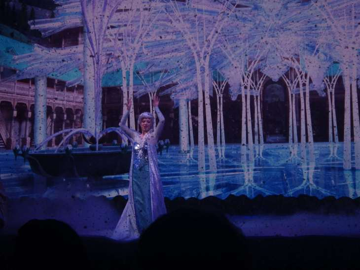 disney live stage shows frozen elsa