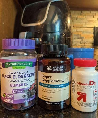 Healthy Summer habits vitamin regimen