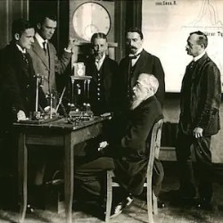 An image shows the iconic German psychologists Wilhelm Wundt in his experimental psychology laboratory. Wundt is considered to be one of history's most influential psychologists.