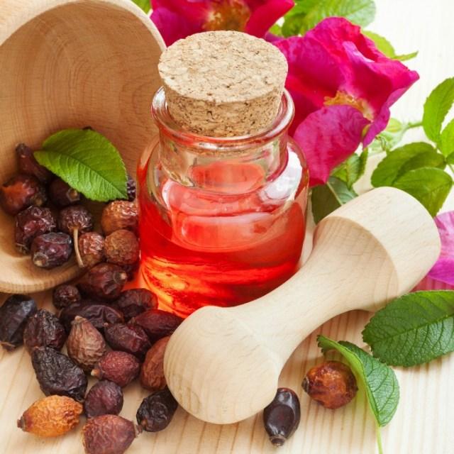 rosehip-seed-oil-skin-care