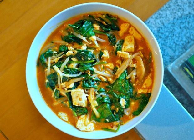 ramen-noodle-bowl