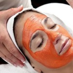 DIY Beauty: Tomato Face Pack For Glowing, Youthful Skin