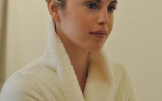 Esthetician Approved Tips For Dry Winter Skin