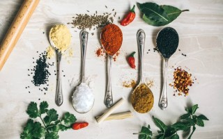 spices and herbs that fight gas