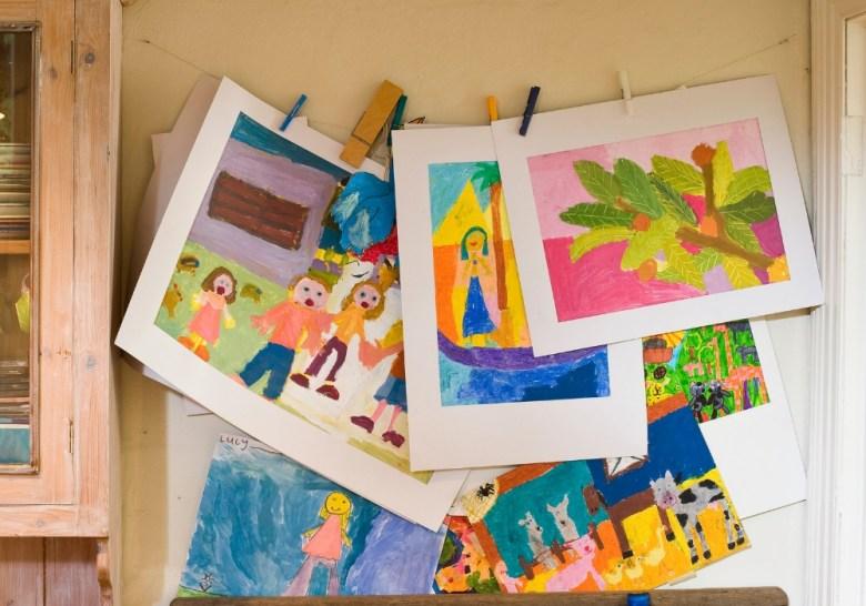 declutter the kids' art
