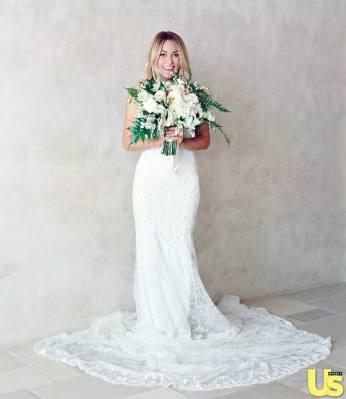 1411152052_lauren-conrad-wedding-1-zoom