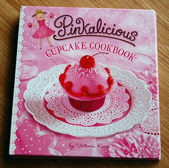 pinkalicious cupcake cookbook