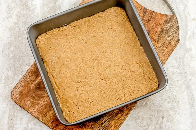 peanut butter mixture in baking pan