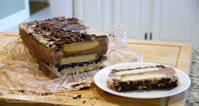 ice cream cake | easy recipe using pound cake and prepared ice cream, plus your choice of candy treats!