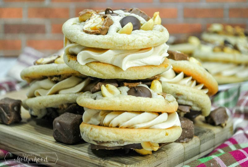 Enjoy a new dessert with this Candy Bar Cookie Sandwich Recipe!