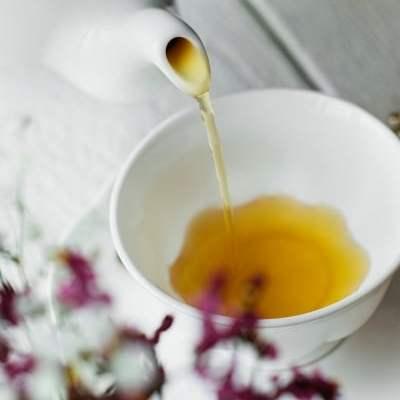 tea pot pouring tea