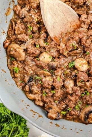 pan of ground beef
