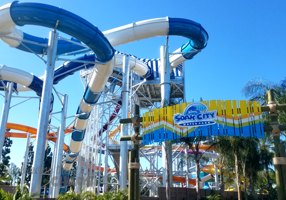 Survive The Heat at Knott's Soak City OC | @Knotts #KnottsSoakCity #SoakCityOC #ad