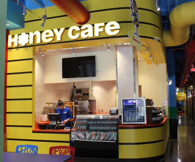 Billy Beez Anaheim, Honey Cafe, BalancingTheChaos.com