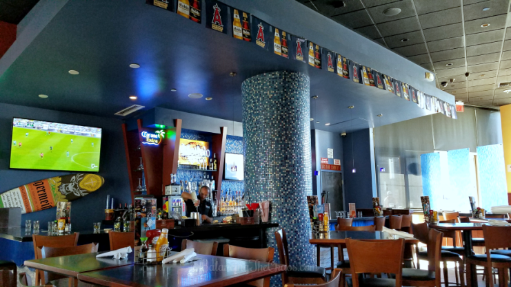 FiRE and iCE Bar and Grill Anaheim CA