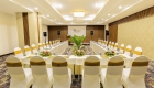 Balcona-Riverside Meeting Room-with projector-med