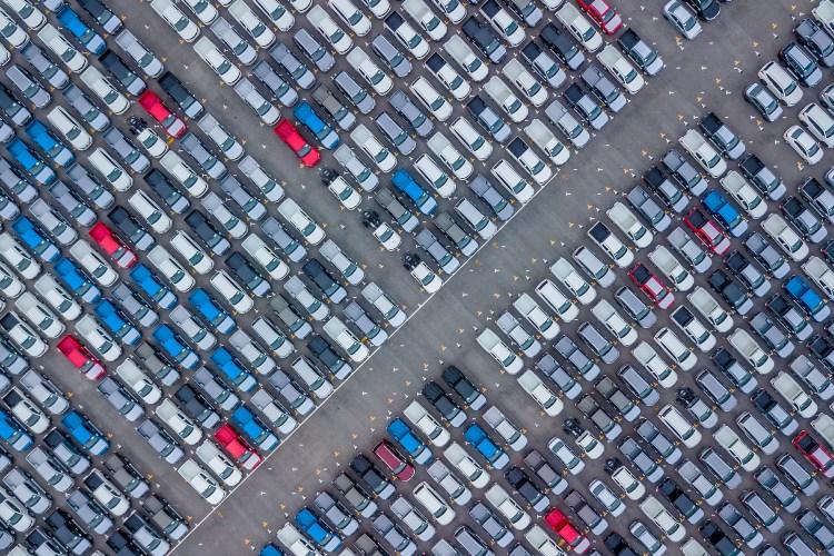 carros parados por causa da crise