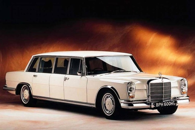 Limusine Mercedes-Benz 600 Pullman