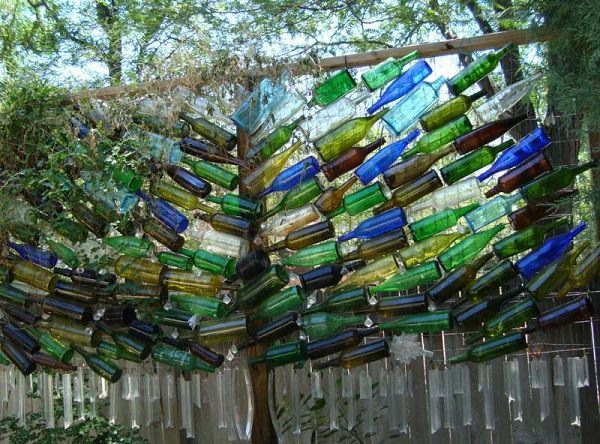 DIY Wine Bottle Ideas For The Garden 26 Wine Bottle Uses
