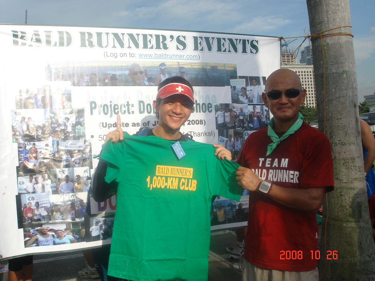 "Dr Joe aka The Loony Runner was awarded with Finisher's T-Shirt of ""1,000-Km Club"""