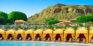 SPG The Phoenician pool