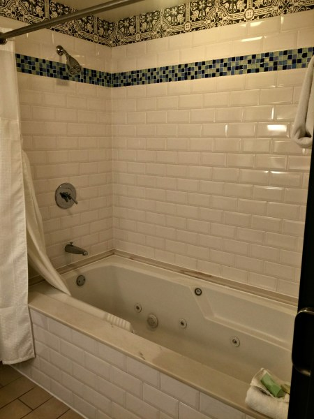 Kimpton Solamar Virtuoso Suite bathroom jetted tub