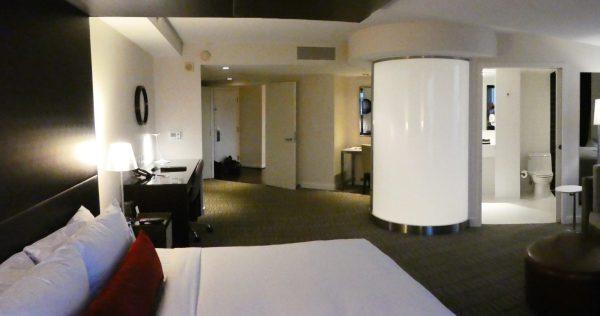 Kimpton Donovan Hotel Presidential Suite bedroom