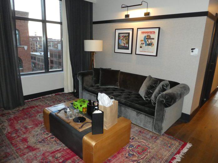 best things to do in Milwaukee Kimpton Journeyman Suite Upgrade living room