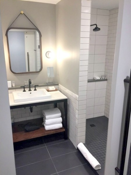 The Hewing Hotel Itasca King bathroom