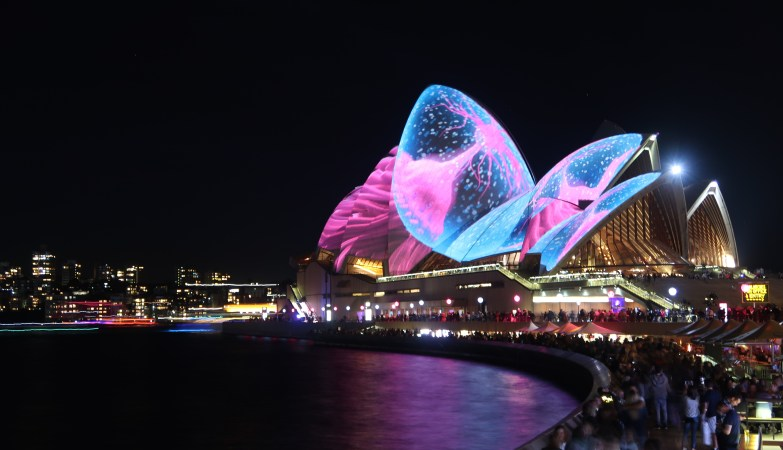 5 things people don't tell you about Sydney before traveling Sydney Opera House