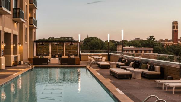 Kimpton Aerston Hotel rooftop pool