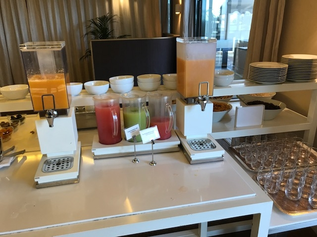 Hyatt Regency Palais de la Mediterranee breakfast