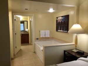 Marriott Grande Vista Orlando timeshare master bathroom and jetted tub