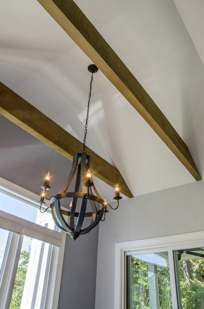 Rustic chandelier fixture in the dining area