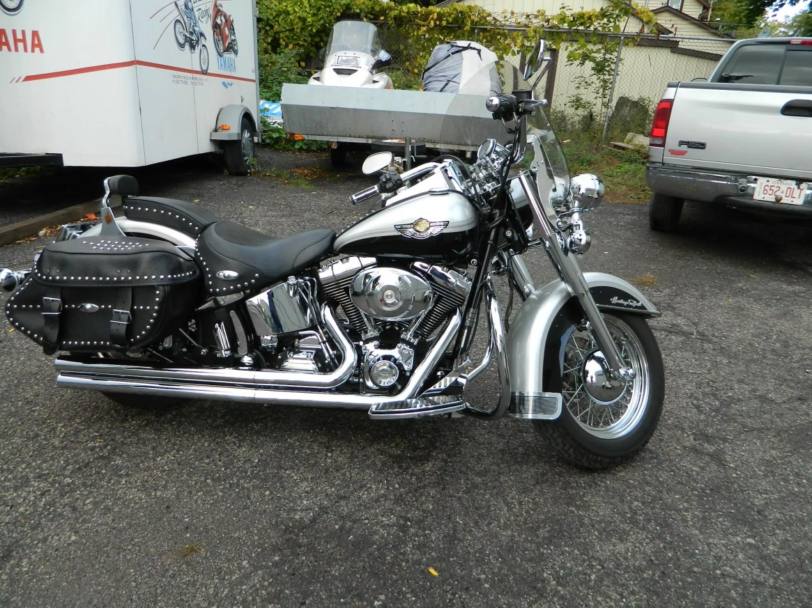 xt225-and-03-softail-004