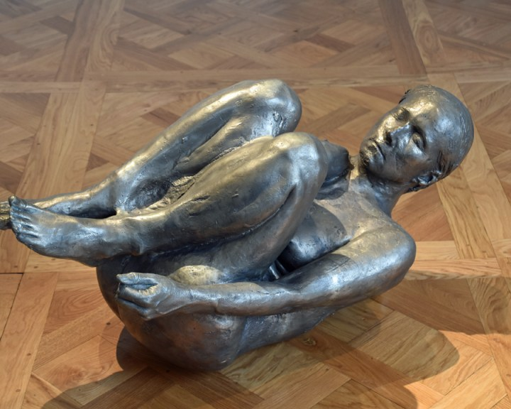Kiki Smith Curled Up Body 1995 Monnaie de Paris 2019Photo VB