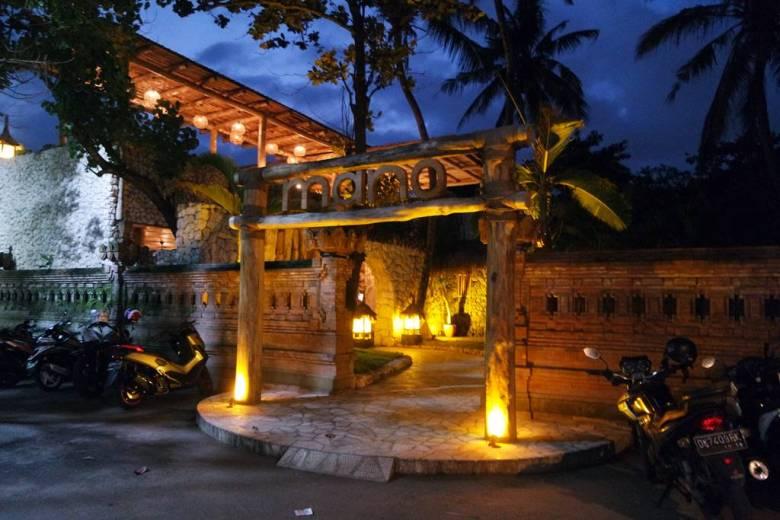 Mano Beach Side Cafe